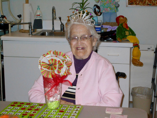Crown Cypress Assisted Living - Activities - celebration