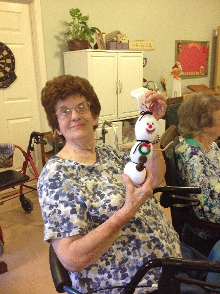 Crown Cypress Assisted Living - Activities - crafts